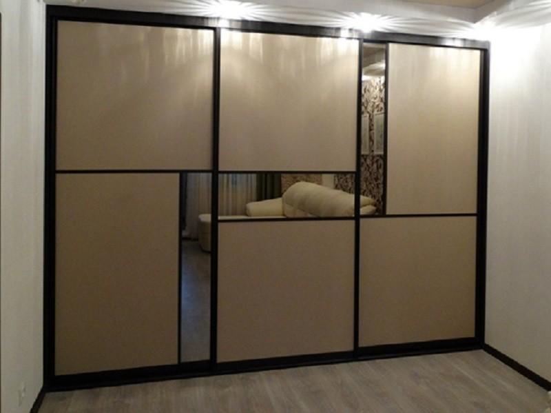 Встроенный шкаф-купе лакобель зеркало графит Грилинг