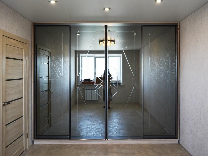 Шкаф-купе темное зеркало для одежды Сильвер