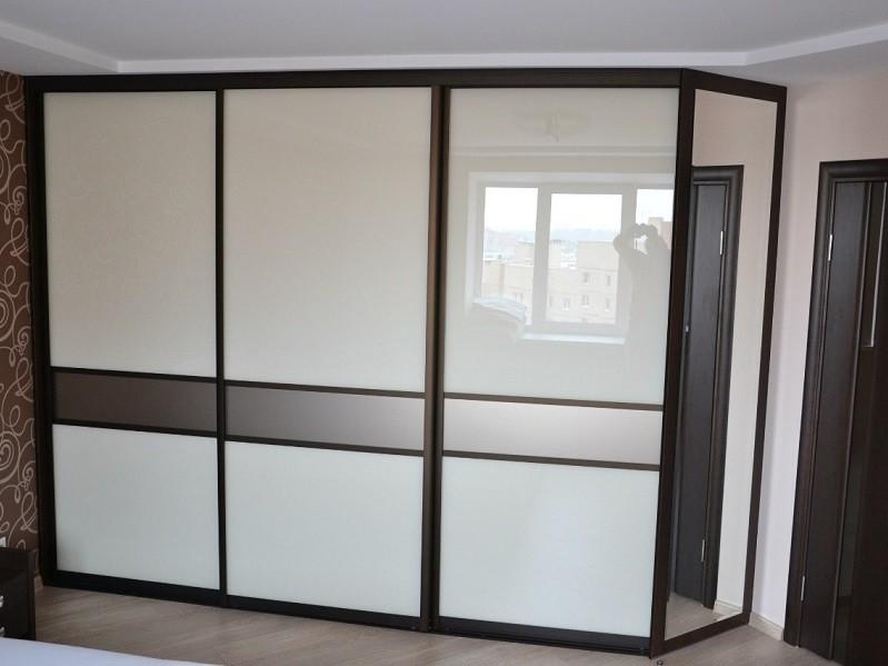 Шкаф-купе стекло лакобель с зеркалом сатин Стиль