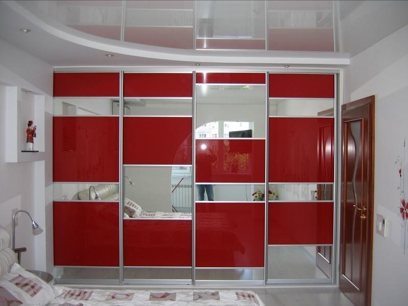 Зеркальный шкаф-купе под подвесной потолок Парсия