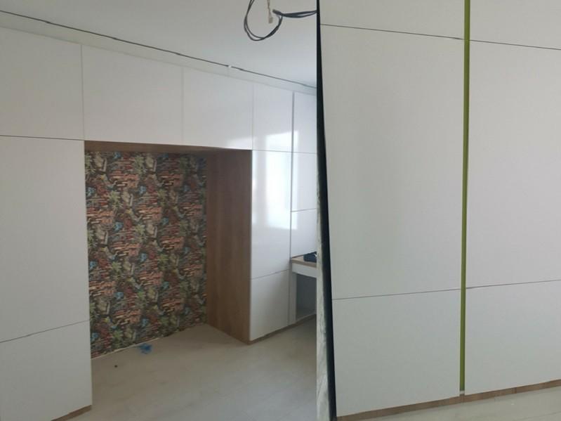 Распашной шкаф с аркой №1109