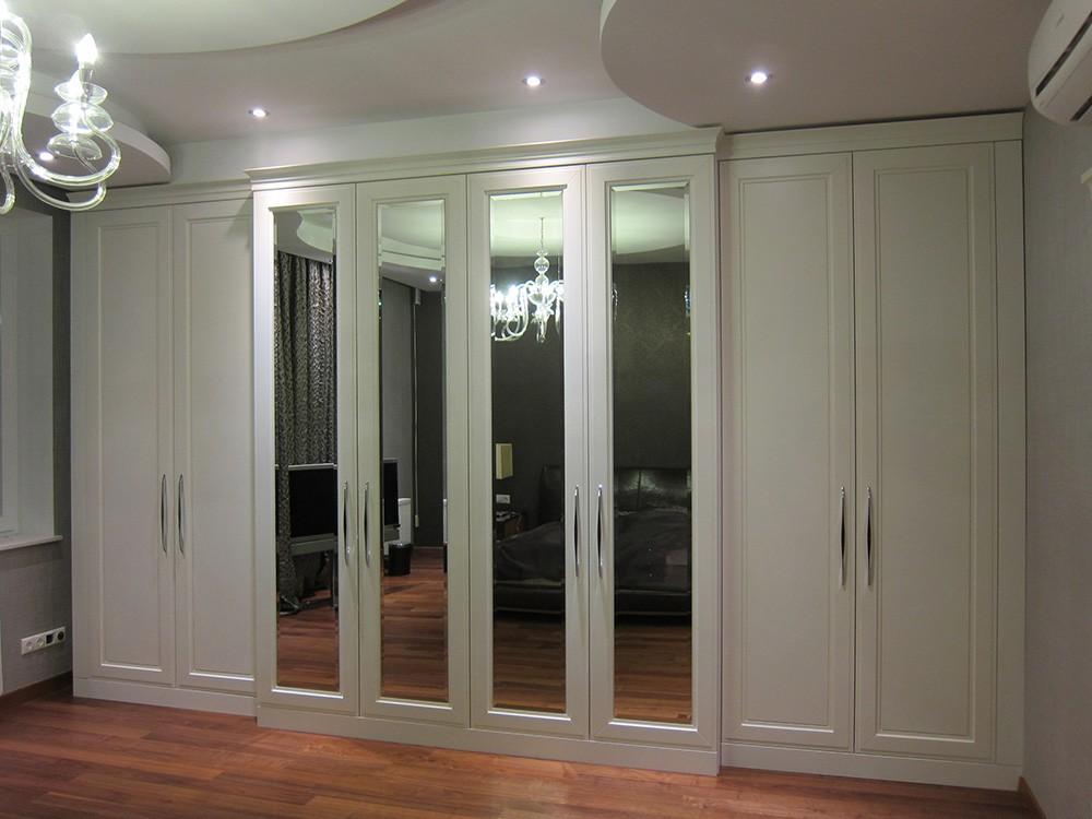 Большой белый шкаф с зеркальными дверями №1148