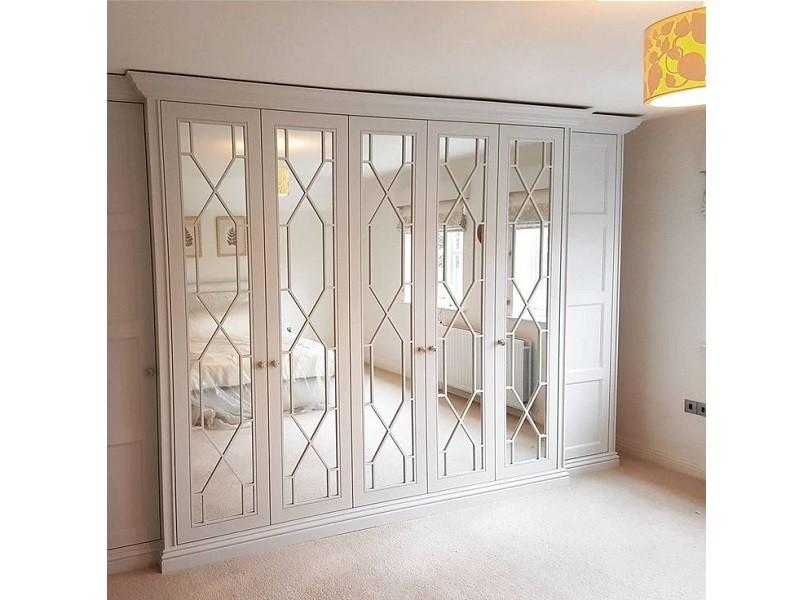 Шкаф классический белый с перекрестием №1160