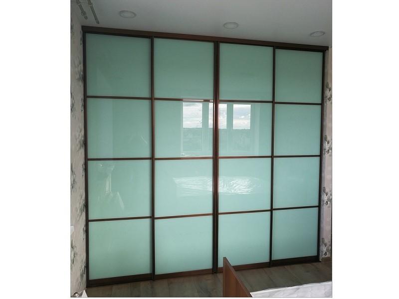 4 стеклянные двери-купе