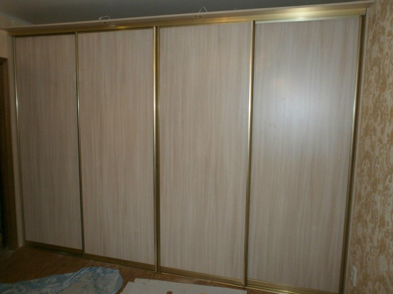 Двери для встроенного шкафа ЛДСП
