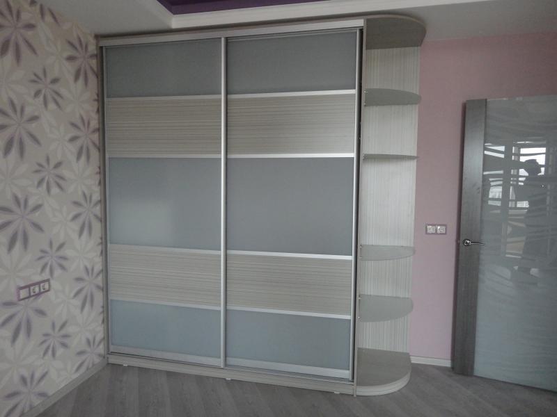 Двери для шкафа-купе с сатинатом