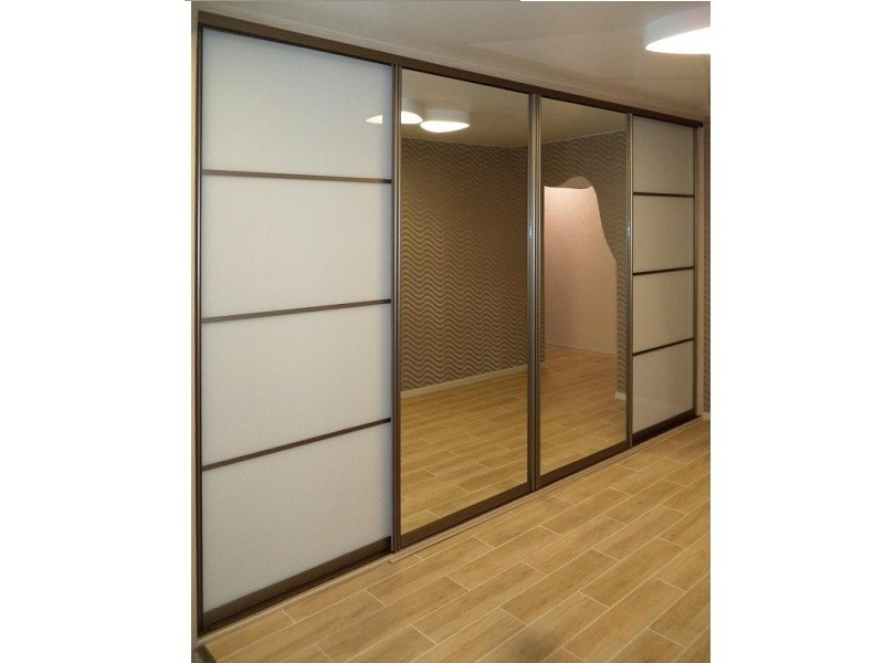 Двери для шкафа-купе профиль шампань блестящая