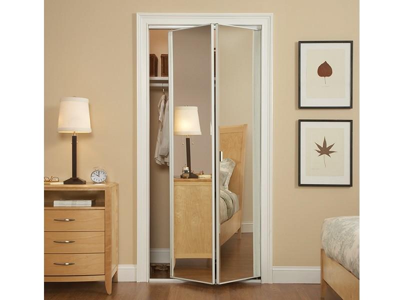 Складные двери для гардеробной