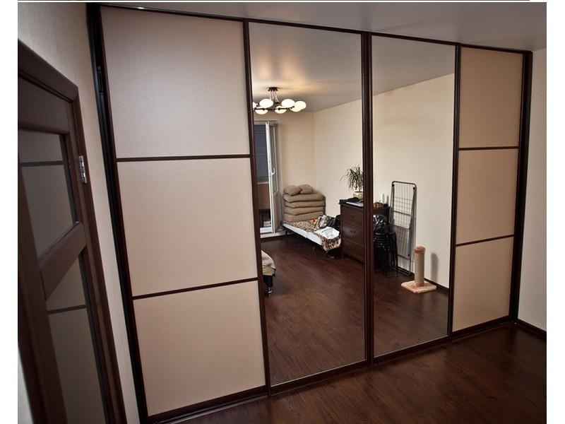 Встроенный шкаф-купе с зеркалами 0319