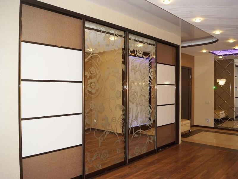 Двери-купе зеркальные с рисунком