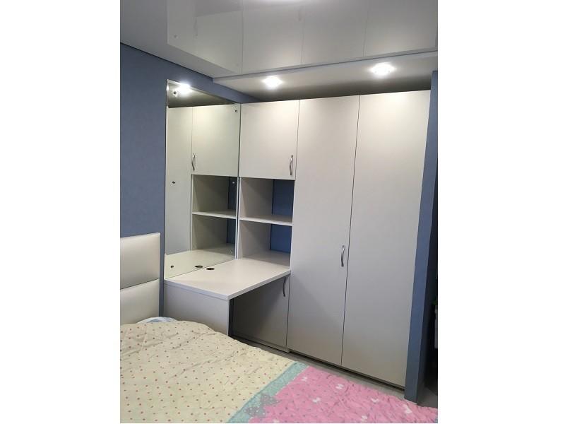 Шкаф-гармошка с гладильной доской №130