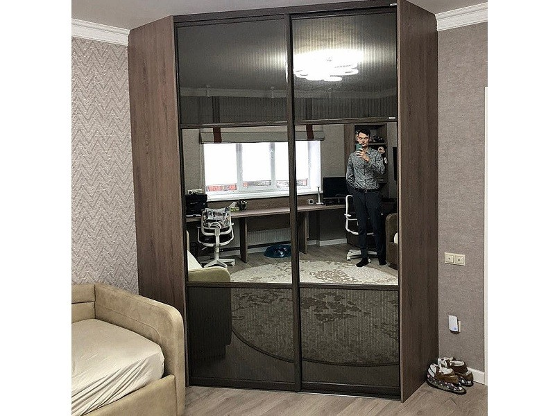 Зеркальный комбинированный угловой шкаф-купе №445