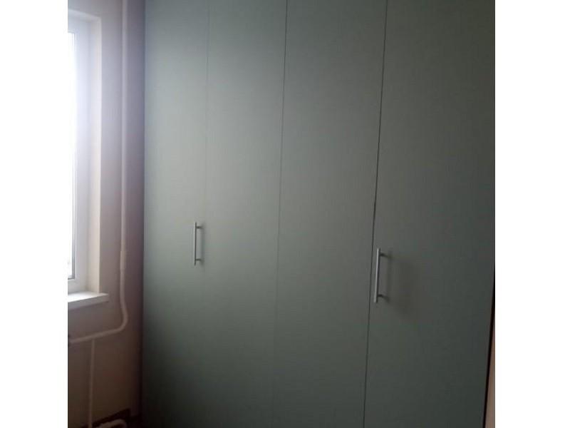 Шкаф со складными дверями №118 фото