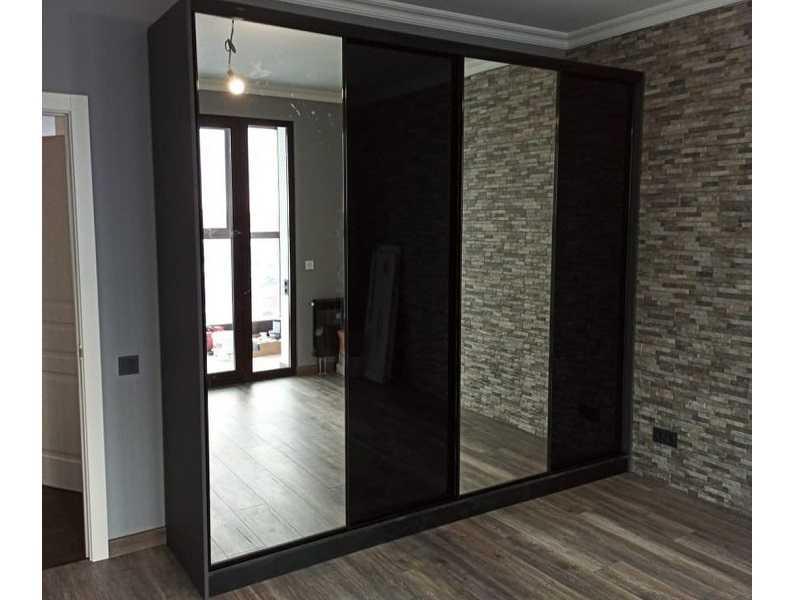 Двери-купе зеркало графит в зал